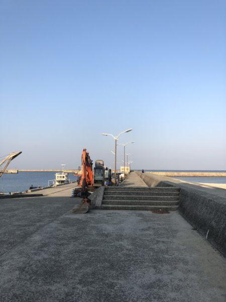 洲本港入り口