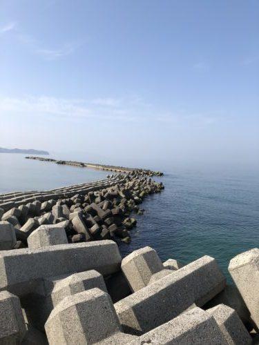 都志海水浴防波堤