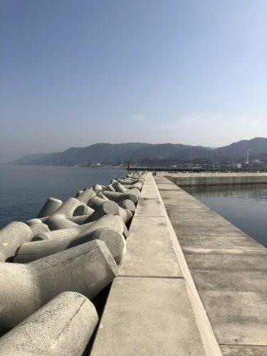 富島漁港北側