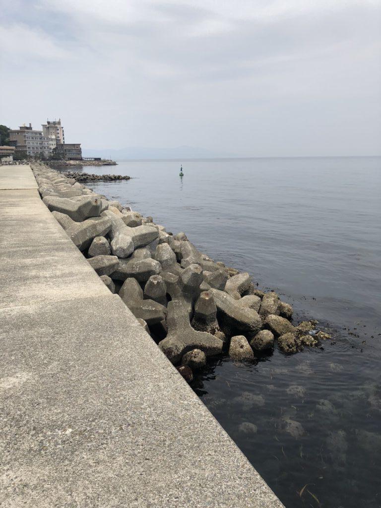 古茂江北側防波堤