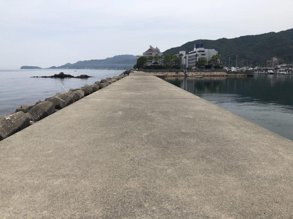 古茂江 防波堤