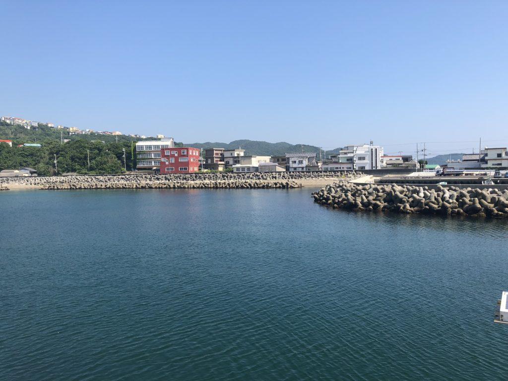 丸山新港内