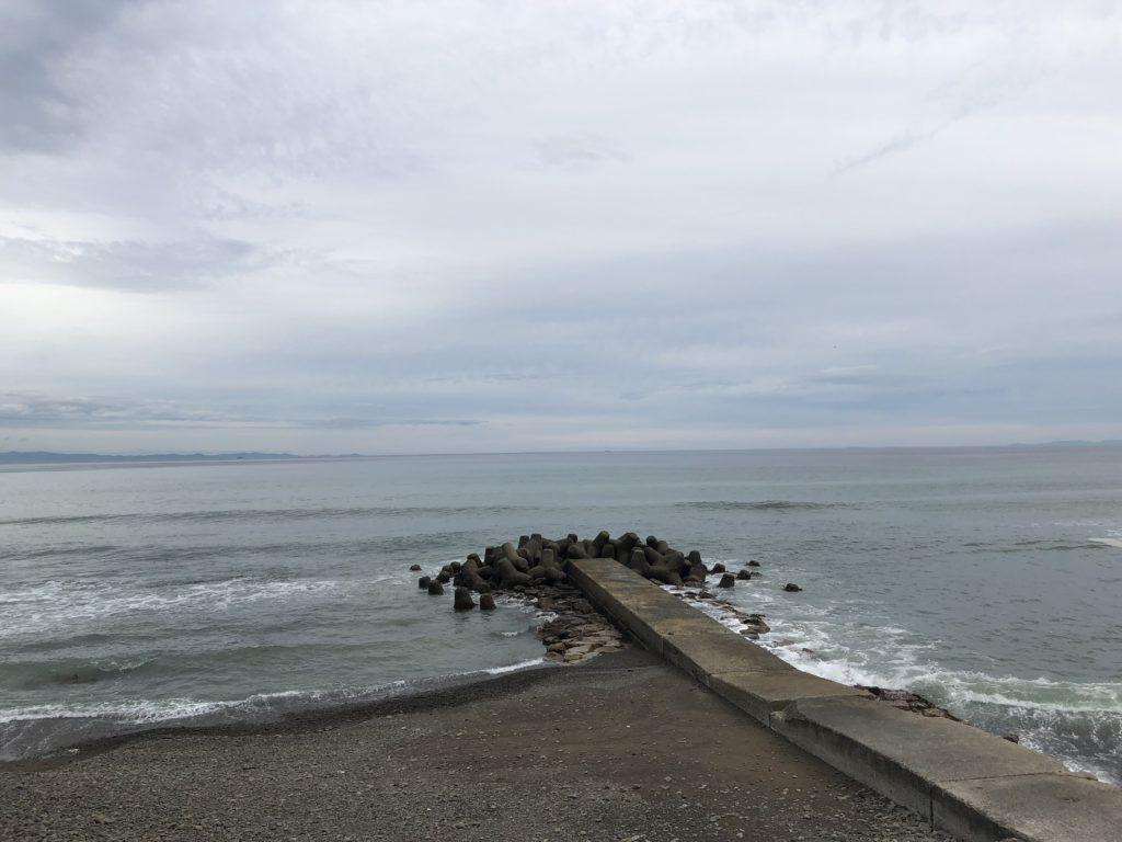 灘の小波止