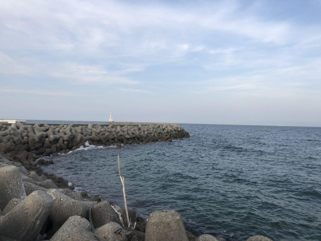 仮屋漁港 外向き