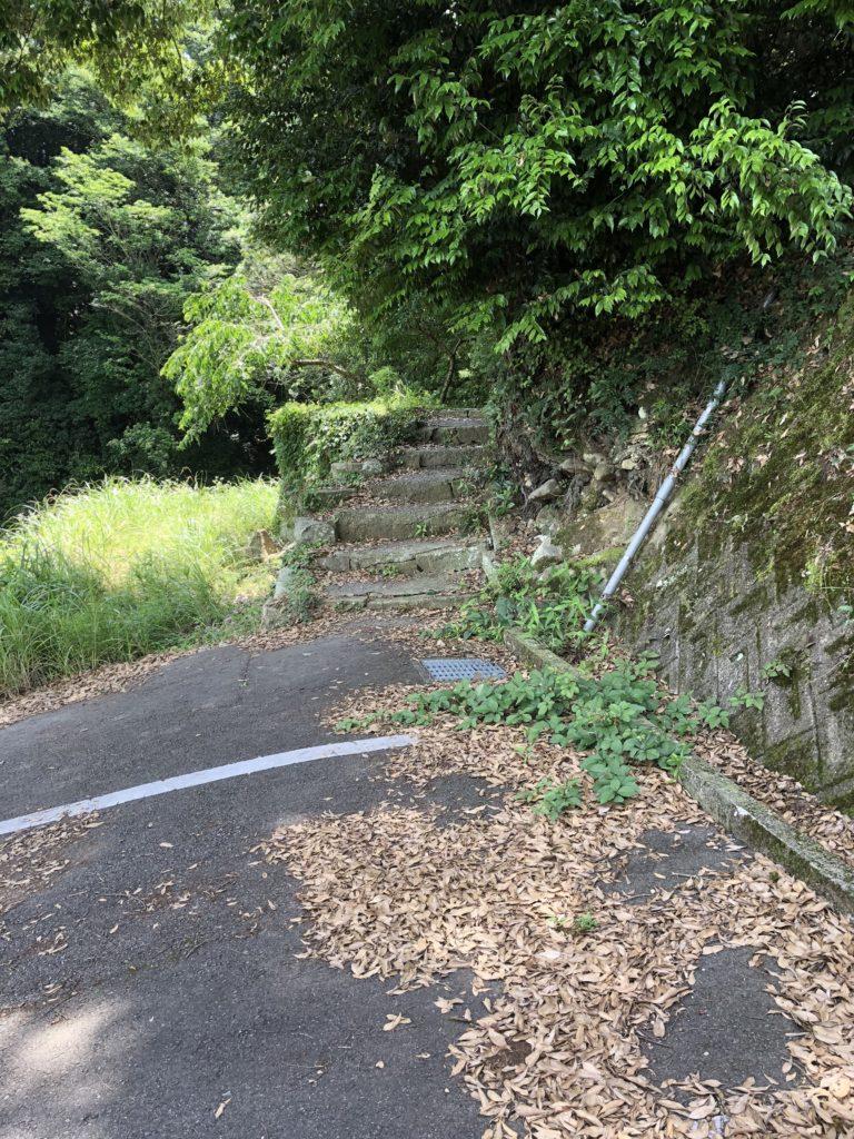鮎屋の滝入り口